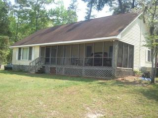 Thompson home on Lake Marion - Davis Station vacation rentals