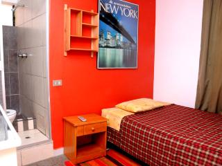 Net House B&B - Single Junior Room - Cusco vacation rentals