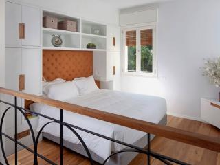 STUDIO2  - 1 BDR/1 BATH, Dizengoff, Beach, Balcony - Tel Aviv vacation rentals