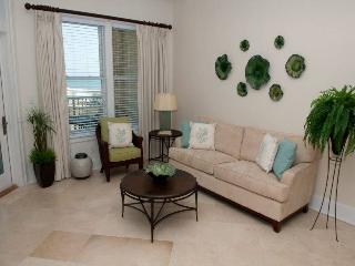 Cozy 2 bedroom Indian Beach Apartment with Internet Access - Indian Beach vacation rentals