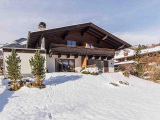 Perfect Chalet with Internet Access and Satellite Or Cable TV - Bruck an der Grossglocknerstrasse vacation rentals