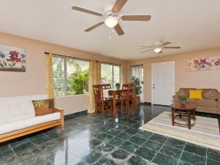 Hawaii kai Hideaway - Honolulu vacation rentals