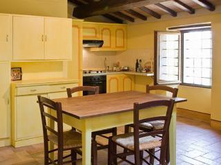 Poreta Bio Farm Suite B - Campello sul Clitunno vacation rentals