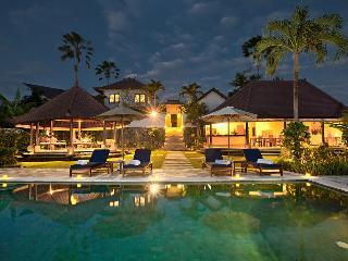 4 Bedroom Huge Villa Suit For Wedding Events - Seminyak vacation rentals
