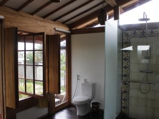 Gorgeous Teak 3bdrm House near Echo Beach - Pererenan vacation rentals