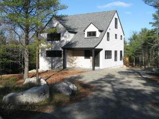 Bright House with Internet Access and Television - Mount Desert vacation rentals