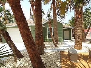 Whispering Palm located blocks from the beach, *FREE GOLF CART, WiFi - Port Aransas vacation rentals