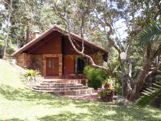 Chalet In Itaipava  With Jacuzi, Fireplace And Breakfast - Paty do Alferes vacation rentals