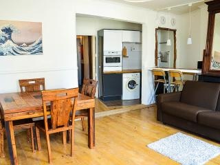 Cosy, Central, and rare view! - Paris vacation rentals