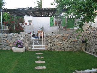 Pavi apartments Krk - Stone house K55 in village Kornić near Punat - Kornic vacation rentals