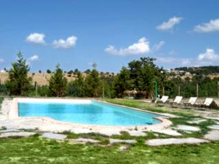 Wonderful 4 bedroom Perugia Villa with Internet Access - Perugia vacation rentals
