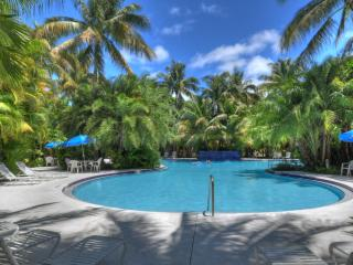 """""""SEABREEZE"""" Monthly Rental -Sanctuary- Golf Course - Key West vacation rentals"""