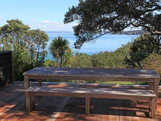 TAKIRAU BAY - Auckland vacation rentals