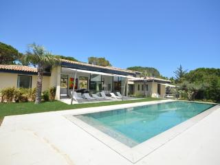 Best New Luxury 6 Bedroom Villa in Ramatuelle, St Tropez, Close to Beach - Ramatuelle vacation rentals