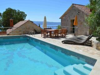 Nidus Onei: fabulous get away for family to gather - Omis vacation rentals