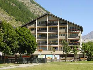 ZERMATT Holiday Apartment - central location - Zermatt vacation rentals