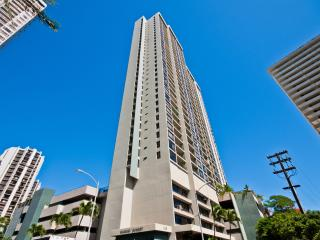 Cozy 1 Bed/1Bath Waikiki Sunset Vacation Rental - Honolulu vacation rentals