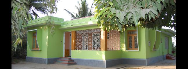 Comfortable 4 bedroom Meenagadi Villa with Housekeeping Included - Meenagadi vacation rentals