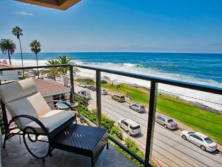 Ocean view penthouse suite in the heart of the Village - La Jolla vacation rentals