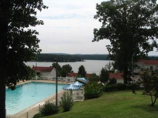 1 Bedroom on Lake Hamilton off Central Avenue - Hot Springs vacation rentals