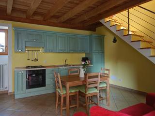Casa di Giovanni - 3213 - Colico - Colico vacation rentals