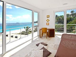 SPECIAL OFFER: St. Martin Villa 173 We Have Taken Space, Comfort And The Ocean Views Offered In Each Villa To A New Level. - Dawn Beach vacation rentals