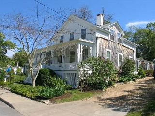 ADELJ - In Town, Central Air Conditioning - Vineyard Haven vacation rentals