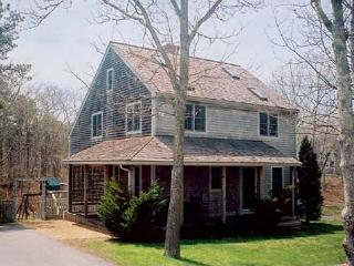 LODGJ - Meadow View Farms, Out of Town, Association Tennis, Hi Speed Internet - Oak Bluffs vacation rentals