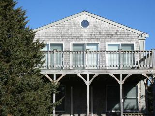 STJOP - Herring Creek Farm - Katama Area,  Private Assoc Beach Rights - Edgartown vacation rentals