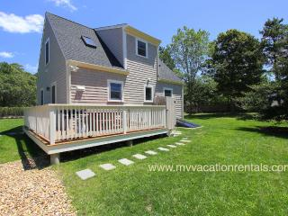 PATTP - Adorable Pristine Cape, Close to Town Center and Ink Well Beach. Landscaped Yard, AC, Wi-Fi - Oak Bluffs vacation rentals