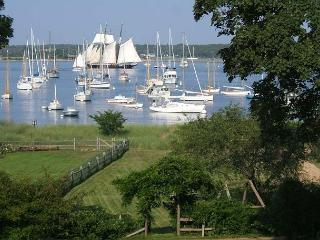 BONDC - Harborfront, Walk to Town, Room A/C in 3 Bedrooms - Vineyard Haven vacation rentals
