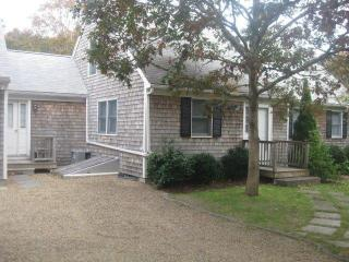 GAGLG - Delightful Modern Cape, Large Deck Overlooks Private Yard, Central A/C, WiFi - Martha's Vineyard vacation rentals