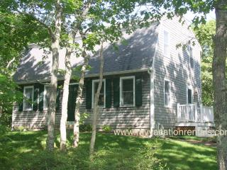 MCDOJ - Nestled on Quiet St 1 Mile from Village Center, AC window all rooms,  Bike Paths to Town and Connecting Touring Trails a - Martha's Vineyard vacation rentals