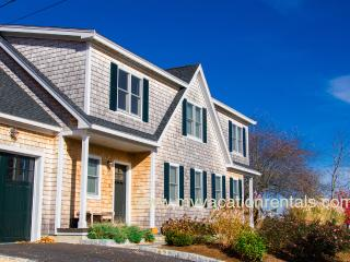 KREBJ - Stunning Summer Home, Walk to Town, Central A/C, 4 TV's, Nicely Landscaped - Vineyard Haven vacation rentals