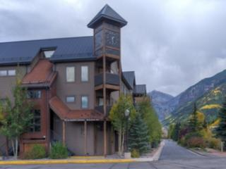 Lulu City 4C (2 bedrooms, 2 bathrooms) - Telluride vacation rentals