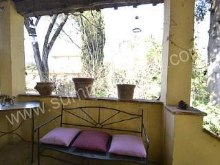 Casa Farnia B - Arezzo vacation rentals