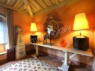 Charming House with Deck and Dishwasher in Arezzo - Arezzo vacation rentals