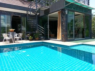 WONDERFUL VILLA PATONG BEACH pv pool 4 bedrooms - Patong vacation rentals