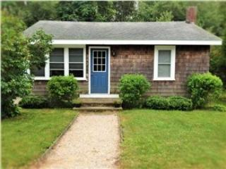 202 Middlebridge - Kayak Cottage, near Narragansett Beach! - Wakefield - rentals