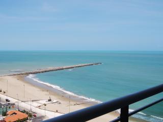 Ocean front 2 bedroom condo!Terracos 2108 - Fortaleza vacation rentals