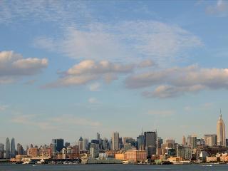 NYC - Manhattan Skyline Corporate Suites 2 Bedroom with Balcony - Miami Beach vacation rentals