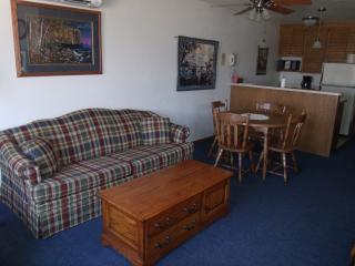 MOORE'S AFFORDABLE GETAWAY At The Landmark Resort - Egg Harbor vacation rentals