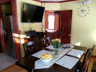 Charming 2BR/2BA Home in Good Neighborhood - Minnesota vacation rentals