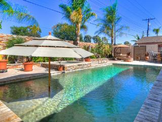 **Walk to Disneyland!*Amazing Pool*Winter Splash! - Anaheim vacation rentals