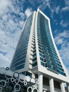Orchid Ave H-Residences 2 bedroom HIGH OCEAN Views - Surfers Paradise vacation rentals