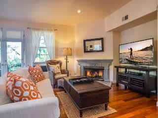 Elegant living with an ocean view in the heart of the Mesa-30 night minimum - Casa Turquesa - Santa Barbara vacation rentals