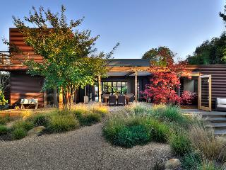 Award-winning modernist dream house with gorgeous backyard oasis - Upper East Retreat - Santa Barbara vacation rentals