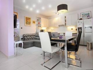 'Gentle Rose' glamorous apartment - Split-Dalmatia County vacation rentals