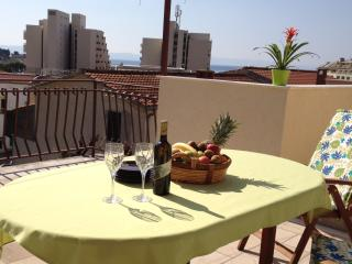 Lovely 2 bedroom Apartment in Makarska - Makarska vacation rentals