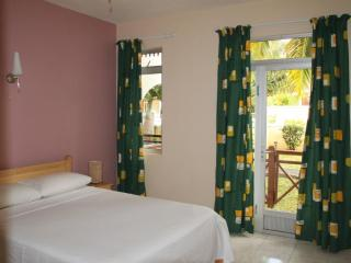 Holiday Rentals -  Bluie Bay  -   Mauritius - Blue Bay vacation rentals